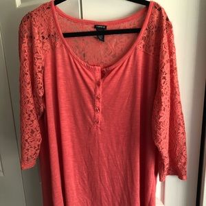 Torrid Size 2 Coral Lace Henley